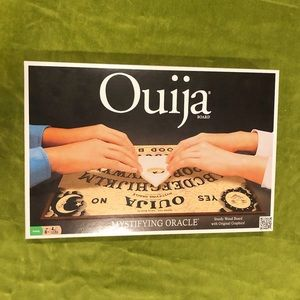 Unused authentic ouija board🖤